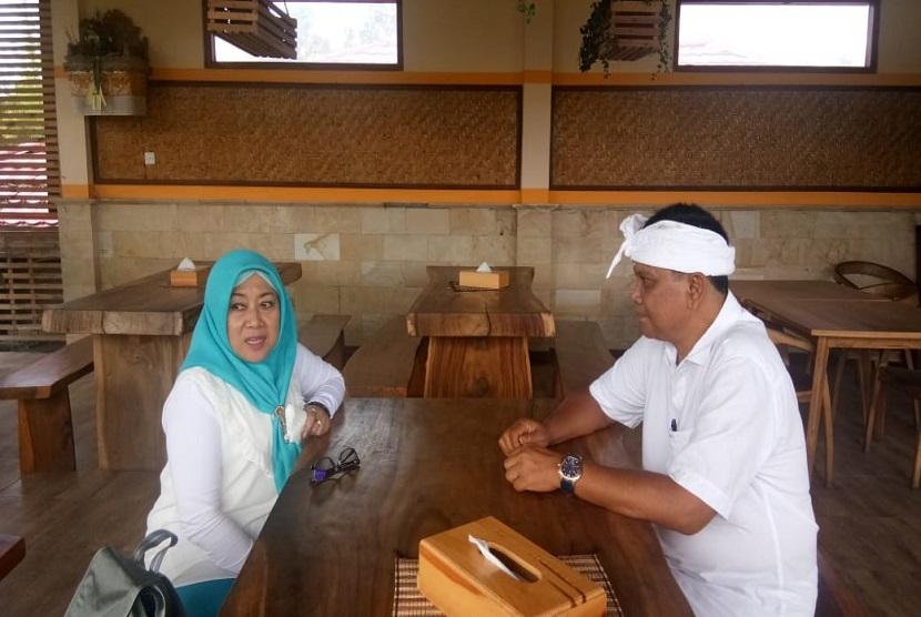Kepala Pusat Penyuluh Pertanian BPPSDMP Kementerian Pertanian Siti Munifah (kiri)