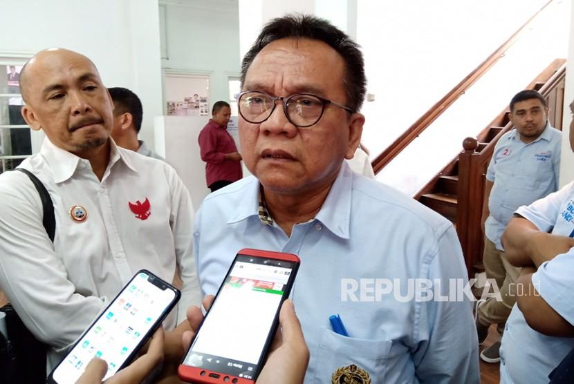 Kepala Sekretariat Nasional Prabowo Subianto-Sandiaga  Uno, M. Taufik usai menghadiri sebuah diskusi di kantor Seknas  Prabowo-Sandi, Menteng, Jakarta Pusat, Selasa (19/3).