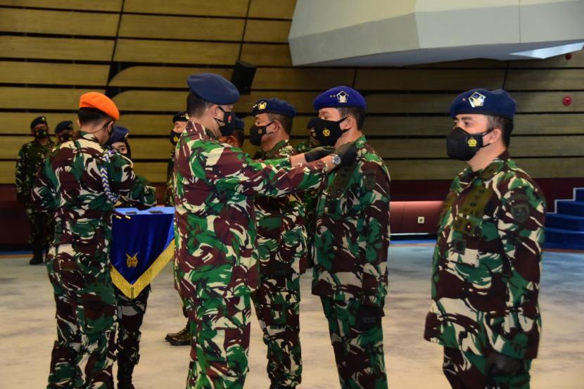 Kepala Staf Angkatan Udara (KSAU) Marsekal Fadjar Prasetyo melantik Panglima Komando Operasi Angkatan Udara (Pangkoopsau) III Marsda Syamsul Rizal.