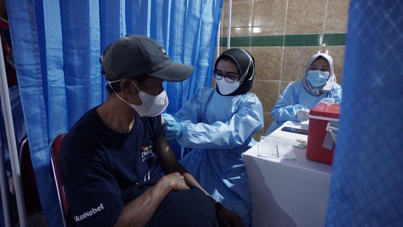 Kerja sama GeoDipa dengan Pemprov Jabar merupakan salah satu upaya dalam mendukung gerakan vaksinasi untuk 37 juta jiwa warga Jawa Barat.