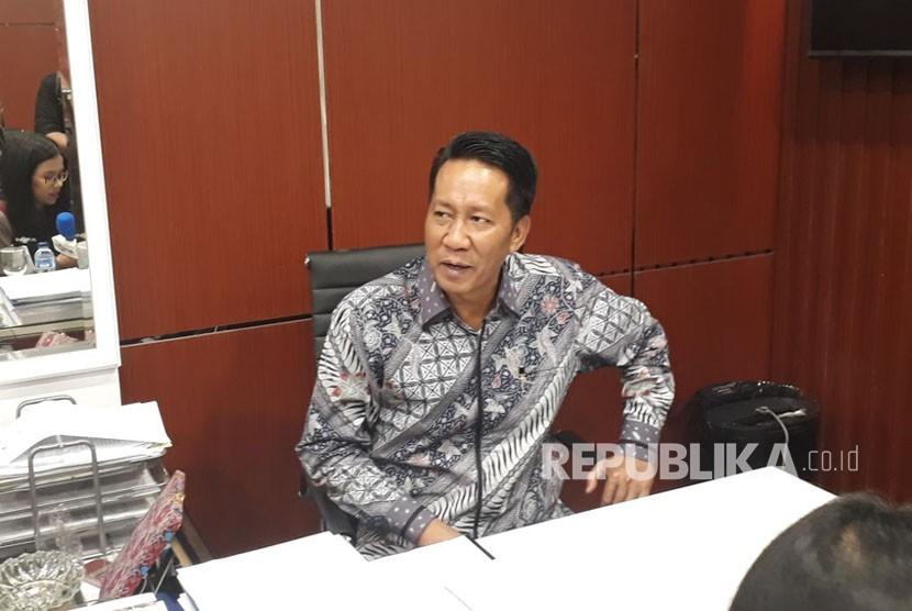 Ketua Badan Legislasi (Baleg), Supratman Andi Agtas menyampaikan keterangan pers terkait UU MD3 di Komplek Parlemen, Senayan, Jakarta, Selasa (13/2).