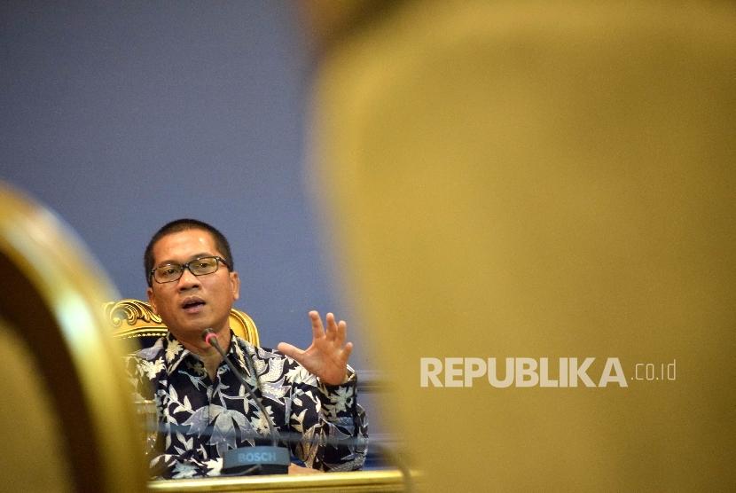 Anggota Komisi II DPR Yandri Susanto usulkan memanggil pihak-pihak terkait Meikarta.