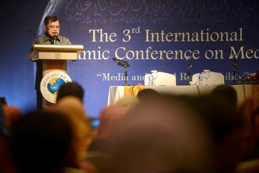 Ketua Dewan Masjid Indonesia (DMI) Jusuf Kalla