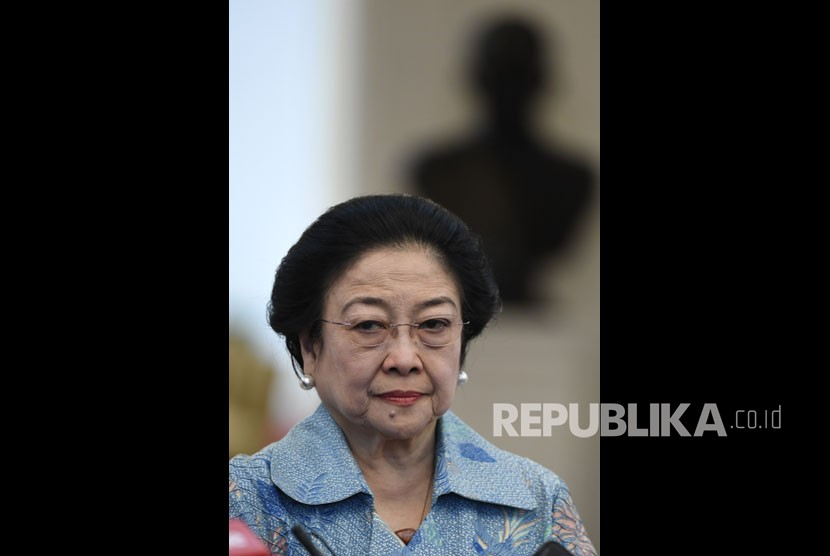 Megawati Soekarnoputri conveyed her condolences for the passing away of the former president BJ Habibie.