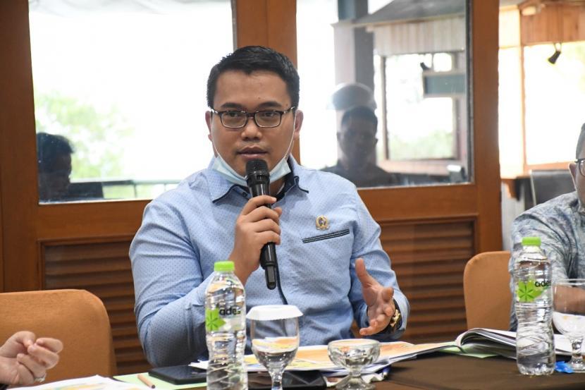 Anggota Komisi I DPRD Provinsi Jawa Barat Yosa Octora Santono