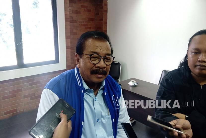 Ketua DPD Partai Demokrat (PD) Jawa Timur, Soekarwo di  kantor DPP Partai Demokrat, Menteng, Jakarta Pusat, Sabtu (2/3).