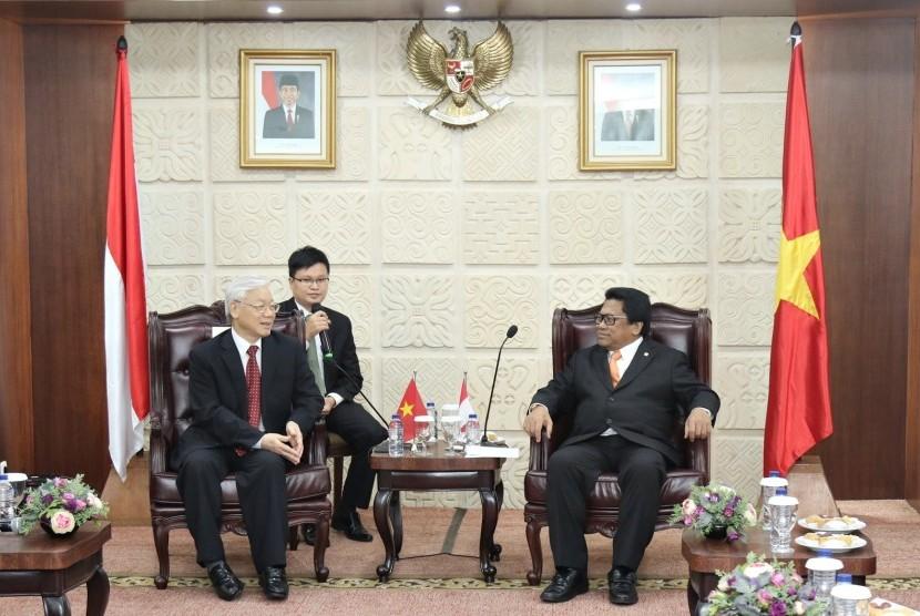 Ketua DPD RI, Oesman Sapta, menerima kunjungan Sekretaris Jenderal Komite Sentral Partai Komunis Vietnam, Nguyen Phu Trong.