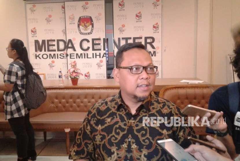 Ketua DPP PKB Lukman Edy saat memberikan keterangan kepada wartawan di Kantor KPU, Menteng, Jakarta Pusat, Senin (17/9).