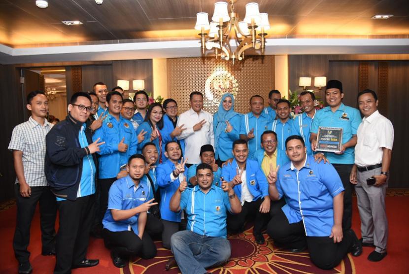Ketua DPR RI Bambang Soesatyo bertemu dengan pengurus KNPI.