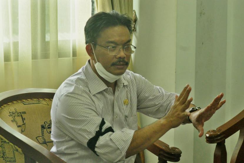 Ketua DPW PPNI Provinsi Jawa Tengah, Dr Edy Wuryanto SKp MKes