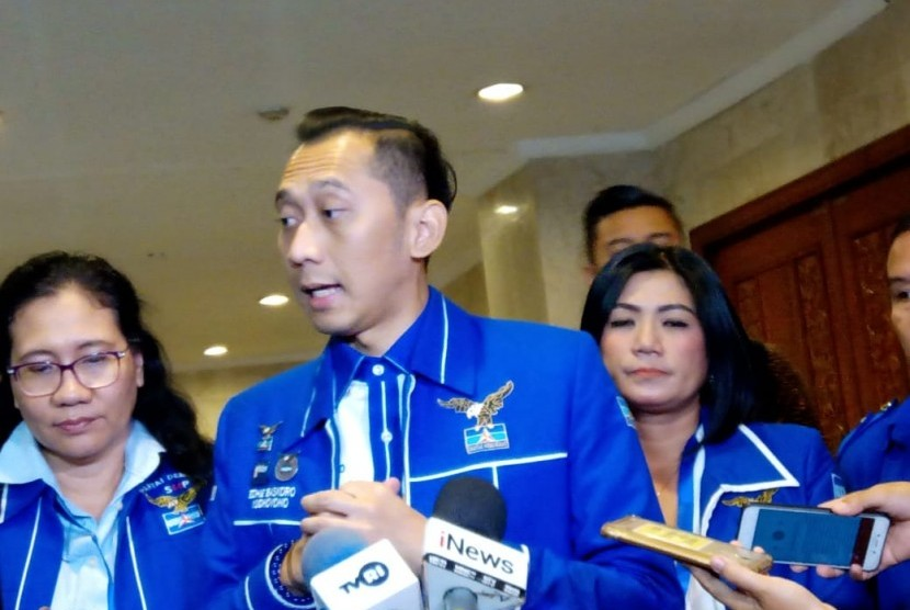 Ketua DPC PDI Perjuangan Kota Tangerang Selatan Wanto Sugito menyebut pernyataan Ketua Fraksi Partai Demokrat DPR RI Edhie Baskoro Yudhoyono (Ibas) jangan sampai negara disebut