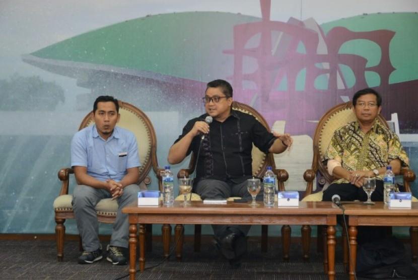 Ketua Komisi IX DPR Dede Yusuf dalam diskusi Forum Legislasi dengan tema
