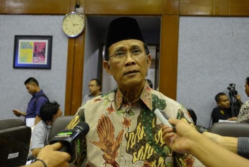 Ketua Komisi IX Syamsul Bachri.