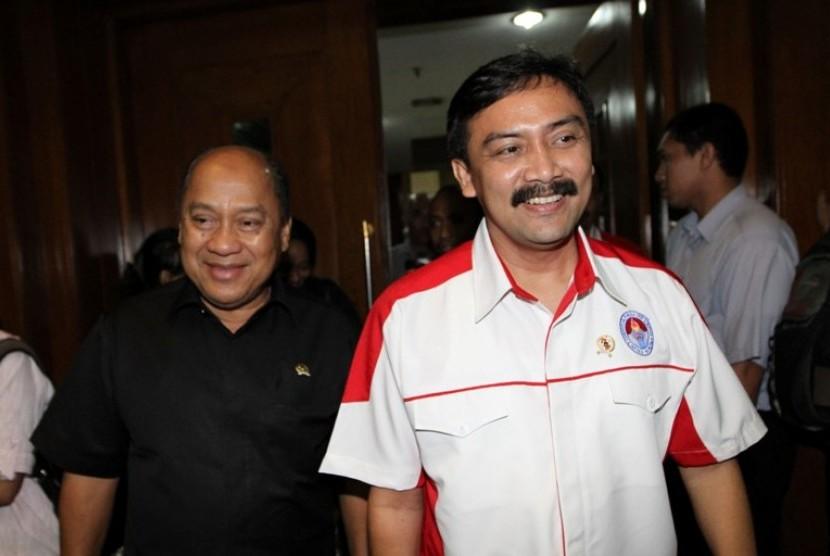 Ketua Komisi X Mahyudin bersama Menegpora Andi Mallarangeng