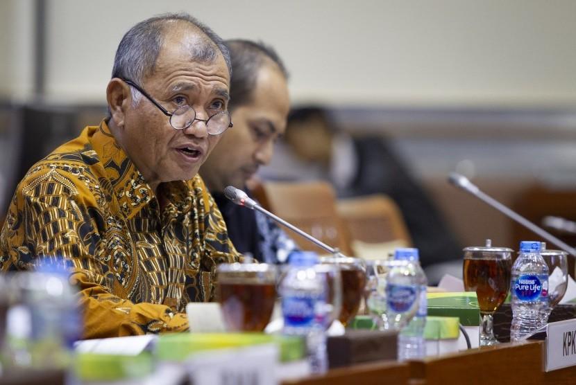 Ketua KPK Agus Rahardjo mengikuti rapat dengar pendapat dengan Komisi III DPR di Kompleks Parlemen, Senayan, Jakarta, Rabu (12/6/2019).