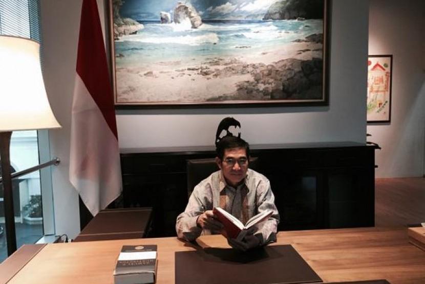 Ketua MK Hamdan Zoelva Ruang baca perpustakaan museum kepresidenan Istana Bogor.
