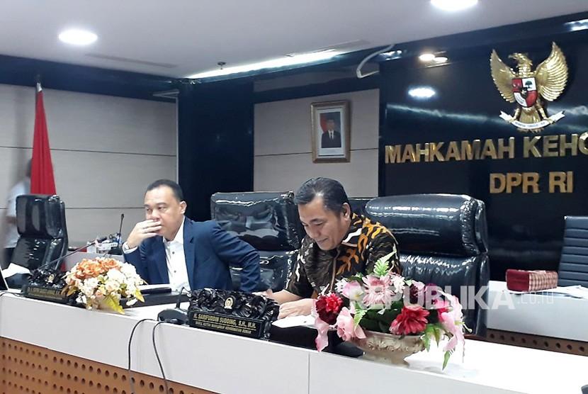 Ketua MKD, Sufmi Dasco Ahmad (Kiri) dan Wakil Ketua MKD Sarifuddin Sudding.
