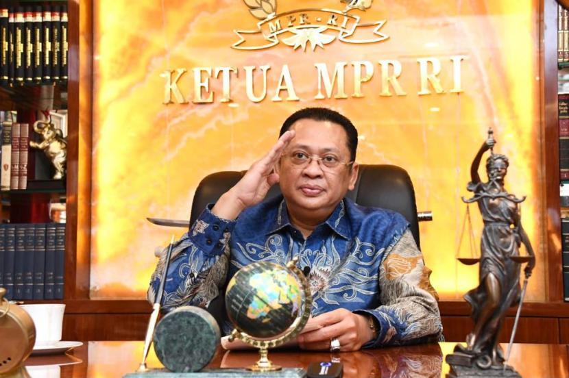 Ketua MPR RI Bambang Soesatyo mengingatkan sikap intoleran masih menjadi ancaman bagi kemajemukan bangsa. Terlihat dari hasil survey nasional yang dilakukan oleh Pusat Pengkajian Islam dan Masyarakat (PPIM) UIN Syarif Hidayatullah tahun 2018 yang mengindikasikan 63,07 persen guru memiliki opini intoleran pada pemeluk agama lain.