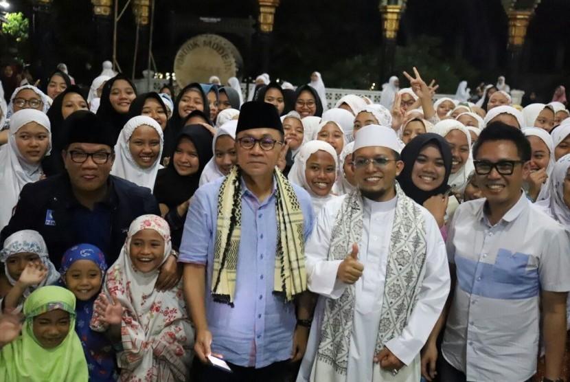 Ketua MPR RI, Zulkifli Hasan mengunjungi Pondok Pesantren Ar Rafai'ie, Malang, Jawa Timur, Ahad (22/4).