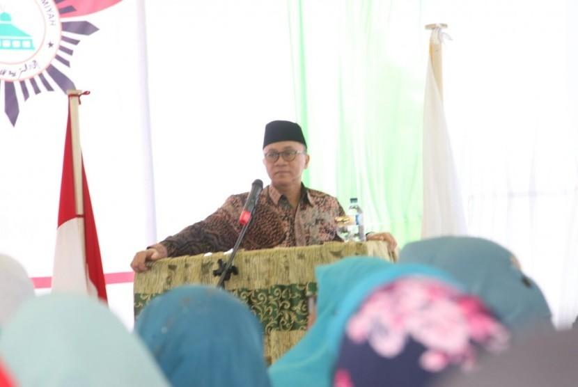 Ketua MPR RI, Zulkifli Hasan, menyampaikan pidato kebangsaan di hadapan Pengurus Persatuan Tarbiyah Islamiyah (Tarbiyah Perti) Aceh di Kabupaten Aceh Besar, Selasa (8/8).