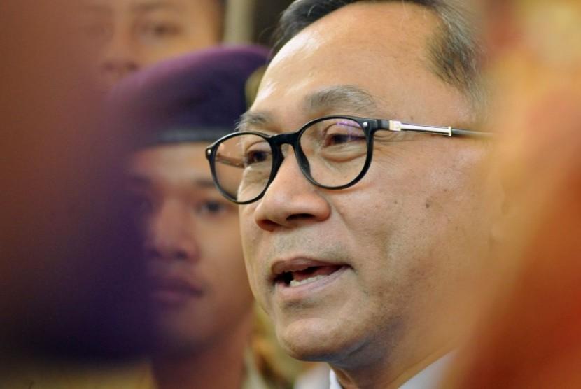 Ketua MPR RI, Zulkifli Hasan saat melakukan Sosialisasi Empat Pilar dalam orasi ilmiah di Universitas Negeri Semarang (Unnes), Kamis (29/3).