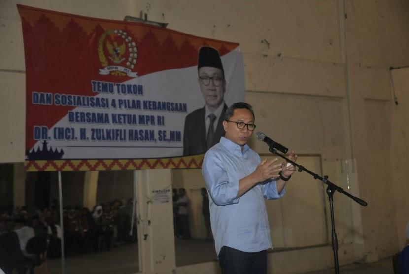 Ketua MPR Zulkifli Hasan memberikan sosialisasi empat pilar di hadapan masyarakat Lampung Selatan.