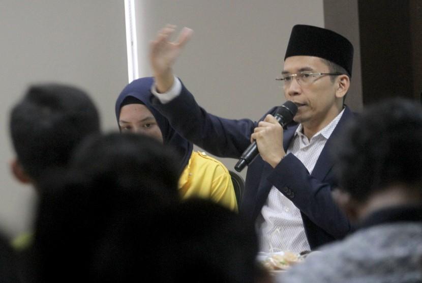 Ketua Organisasi Internasional Alumni Al Azhar (OIAA) Tuan Guru Bajang (TGB) Zainul Majdi berbicara dalam Dialog Kebangsaan di IPC Corporate University, Ciawi, Bogor, Jawa Barat, Senin (11/3/2019).