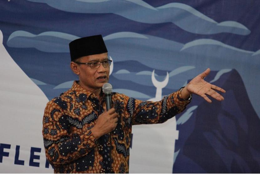 Ketua PP Muhammadiyah Haedar Nashir saat menghadiri Milad ke-37 UMY.