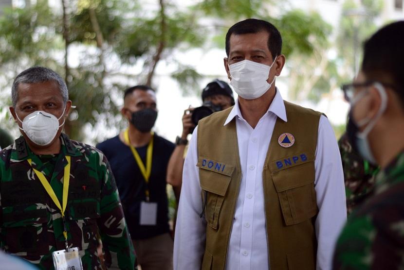 Satgas Covid-19 Berikan Bantuan Berupa Masker Hingga Hand Sanitizer Dalam Acara Maulid Nabi