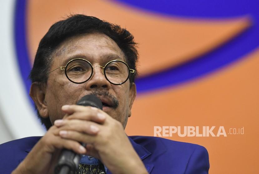 Ketua Steering Committee (SC) Kongres II Partai NasDem Johnny G Plate memberikan keterangan pers menjelang Kongres II dan HUT ke-8 Partai Nasdem di kantor DPP NasDem, Jakarta, Rabu (6/11/2019).