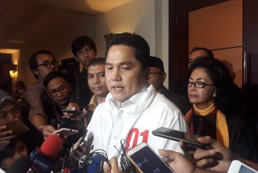 Ketua Tim Kampanye Nasional Joko Widodo-Ma'ruf Amin, Erick Thohir usai acara konsolidasi H-30 Pemilu Presiden 2019 di Hotel Borobudur, Jakarta, Ahad (17/3).