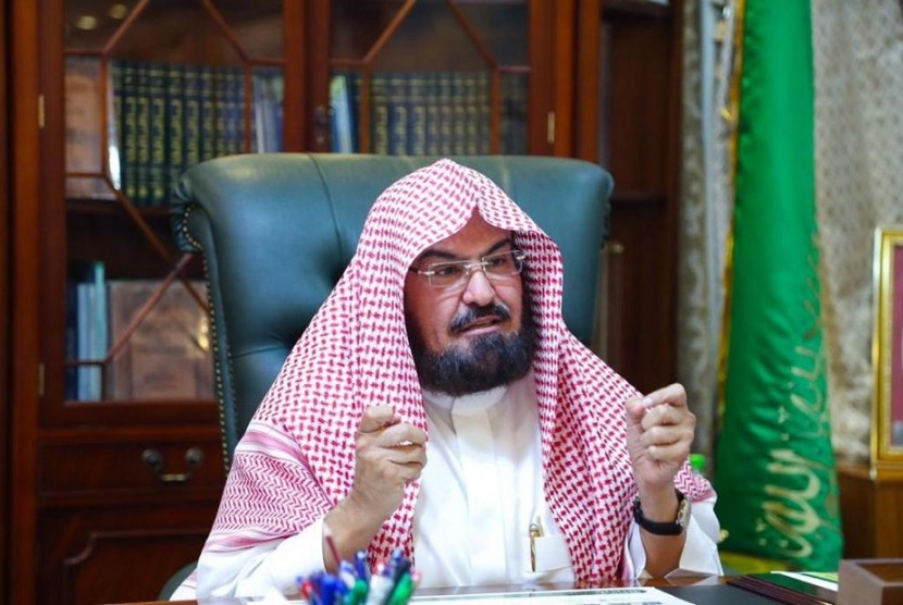 President of Council for Affairs of the Two Holy Mosques (the Grand Mosque and the Nabawi Mosque), Sheikh Abdul Rahman As-Sudais.