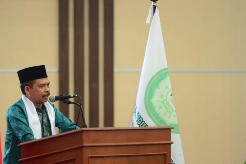 Ketua Umum DPP Ikatan Pesantren Indonesia (IPI) KH Zaini Ahmad