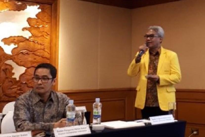 Ketua Umum Iluni UI Arief Budhy Hardono