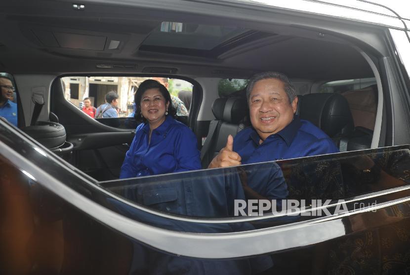 Ketua Umum Partai Demokrat Susilo Bambang Yudhoyono bersama Ani Yudhoyono (ilustrasi)