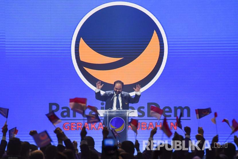Ketua Umum Partai NasDem Surya Paloh memberikan sambutan saat pembukaan Kongres II Partai NasDem di JIExpo, Jakarta, Jumat (8/11/2019).