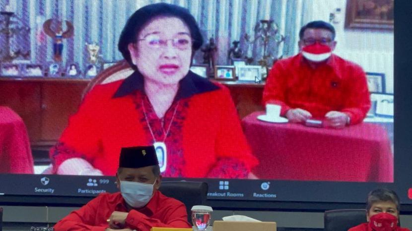 Ketua Umum PDIP, Megawati Soekarnoputri hadir secara virtual di acara pembukaan TOT Kader Madya PDIP, Jumat (10/9).