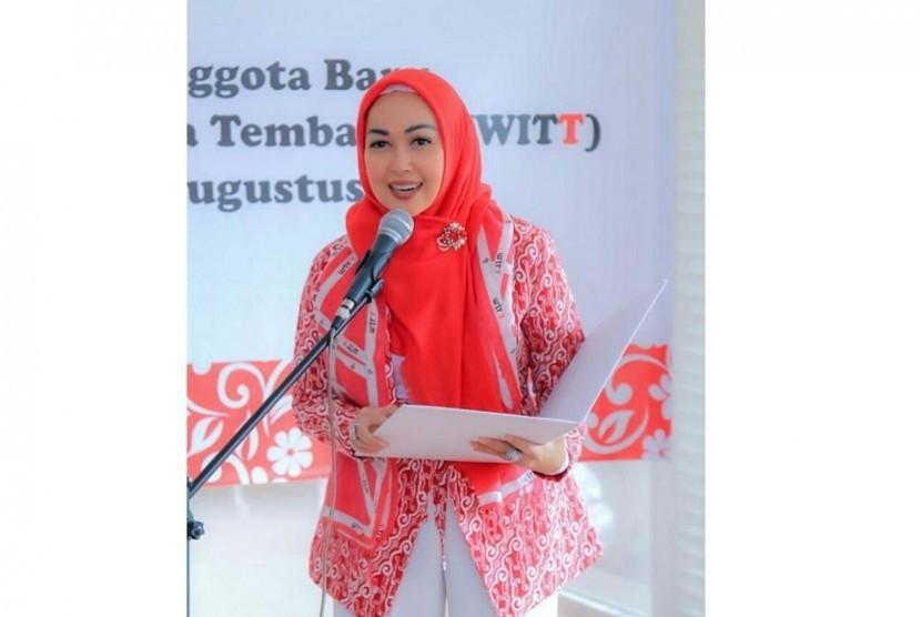 Ketua Umum Wanita Indonesia Tanpa Tembakau, Titi Hatta