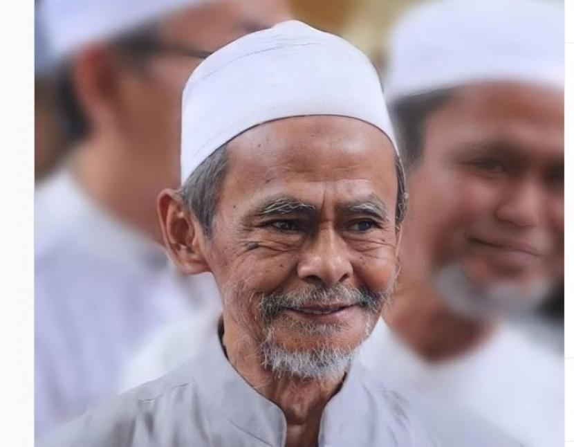 KH A Nawawi Abdul Djalil