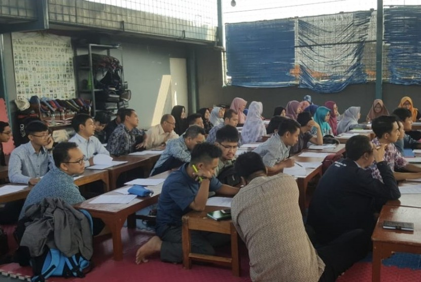 Klinik Pendidikan MIPA (KPM) menggelar kelas berpikir.