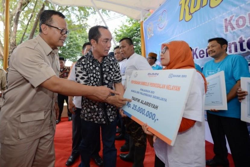 Komisi IV DPR meninjau program KKP di Sumatera Selatan.
