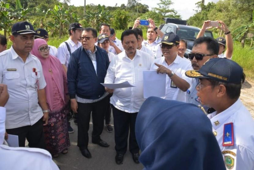 Komisi V DPR menilai Bandara Tjilik Riwut butuh bantuan APBN.