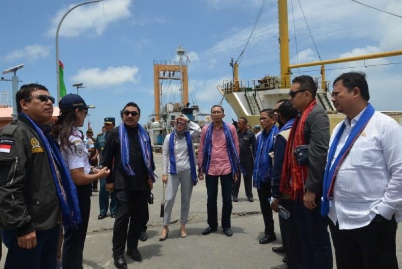 Komisi V DPR RI kunjungan ke Maluku Tenggara Barat.