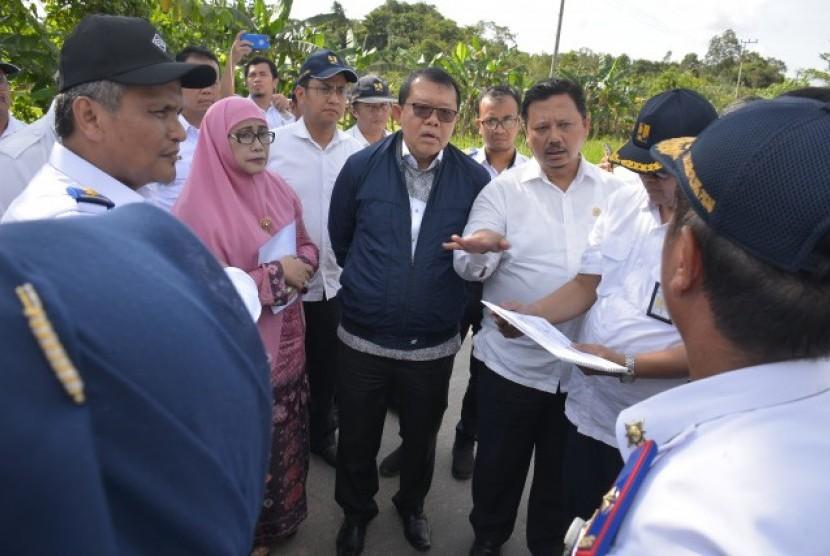 Komisi V DPR RI meninjau infrastruktur dan transportasi ke Provinsi Kalimantan Tengah.