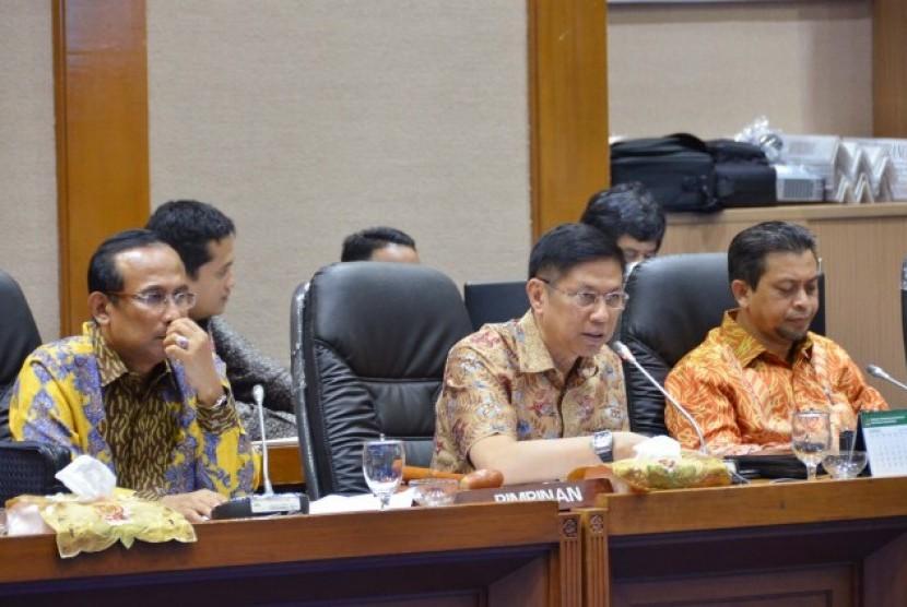 Komisi VII DPR RI menggelar RDP dengan PT PLN