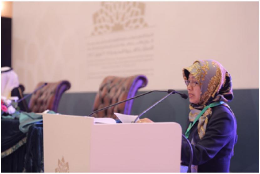 Komisioner Komisi Independen HAM Organisasi Kerja Sama Islam (OKI) Dr Siti Ruhaini Dzuhayatin dalam Konferensi Tingkat Menteri (KTM) OKI tentang Perkawinan dan Keluarga.
