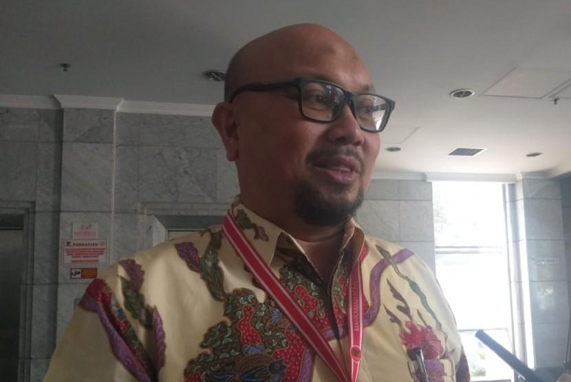 Komisioner Komisi Pemilihan Umum (KPU), Ilham Saputra