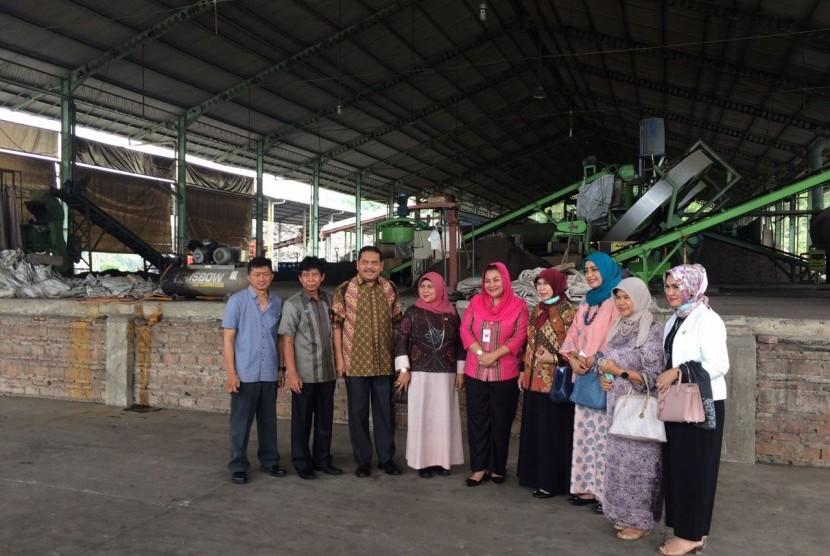 Komite II DPD melakukan peinjauan pengelolaan sampah di Semarang.