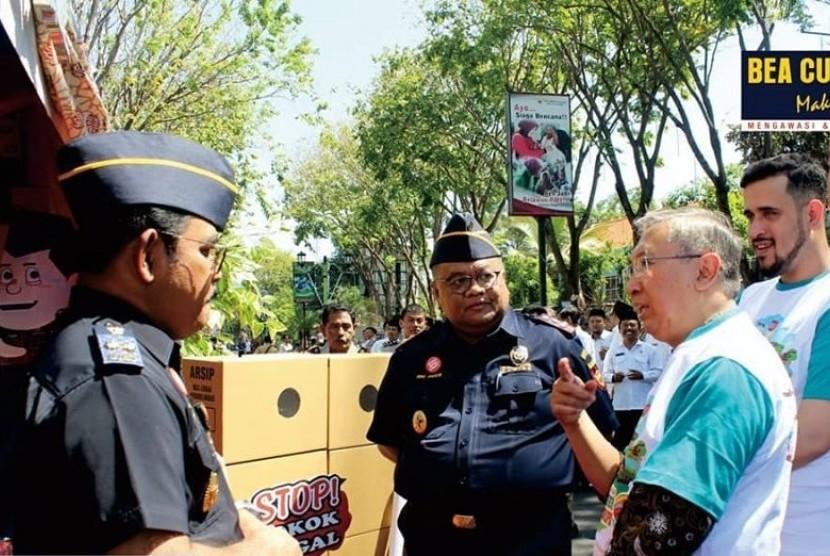 Komitmen berantas korupsi, Bea cukai ikut roadshow yang diselenggarakan KPK.