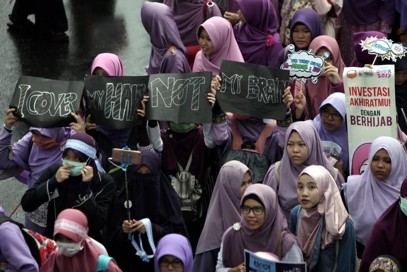 Komunitas Islam yang tergabung dalam Solidaritas Peduli Jilbab (ilustrasi)